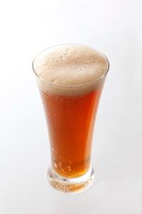 ビールカクテル カシス割りの写真素材 [FYI01757889]