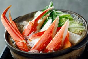 ズワイ蟹の鍋の写真素材 [FYI01757908]