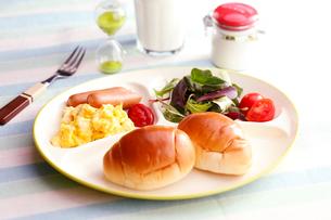朝食のイメージの写真素材 [FYI01758051]