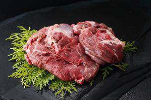エゾ鹿生肉の写真素材 [FYI01758073]