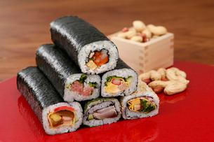 巻き寿司の写真素材 [FYI01758248]