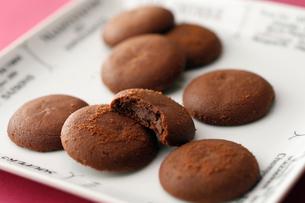チョコクッキーの写真素材 [FYI01758318]