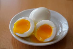半熟卵の写真素材 [FYI01758862]