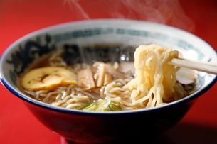 札幌醤油ラーメンの写真素材 [FYI01759122]