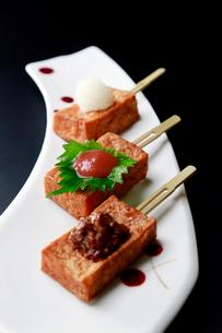 三種揚げ出し豆腐の写真素材 [FYI01759244]