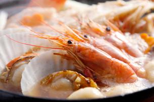 海鮮寄せ鍋の写真素材 [FYI01759698]