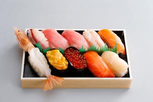 にぎり寿司の写真素材 [FYI01760171]