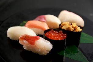北海道の生寿司の写真素材 [FYI01760548]