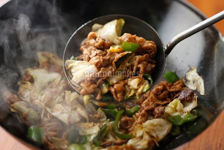 回鍋肉の写真素材 [FYI01760701]