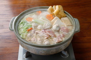 鶏肉の寄せ鍋の写真素材 [FYI01760713]