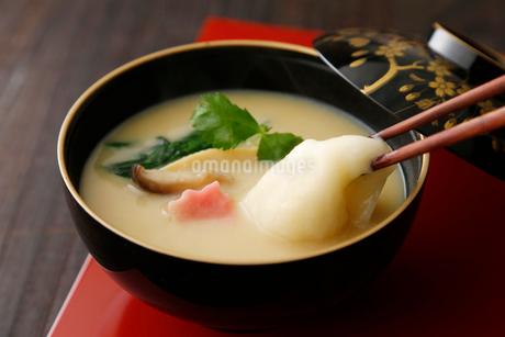 京風お雑煮の写真素材 [FYI01760743]