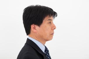 スーツを着た男性の写真素材 [FYI01761373]