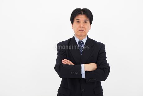 スーツを着た男性の写真素材 [FYI01761885]
