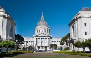 サンフランシスコ・シティホールの写真素材 [FYI01762098]
