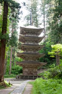 羽黒山五重塔の写真素材 [FYI01762487]