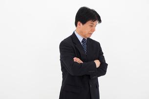 スーツを着た男性の写真素材 [FYI01762820]