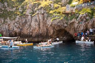 青の洞窟入口の写真素材 [FYI01762931]