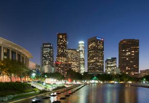 ロサンゼルスダウンタウン夕景の写真素材 [FYI01763779]