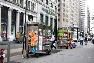 ニューヨークのストリート・ベンダーの写真素材 [FYI01765342]