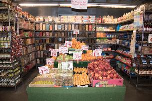 チェルシーマーケット 食料品コーナーの写真素材 [FYI01765505]