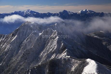 八ヶ岳より南アルプスを望むの写真素材 [FYI01765744]