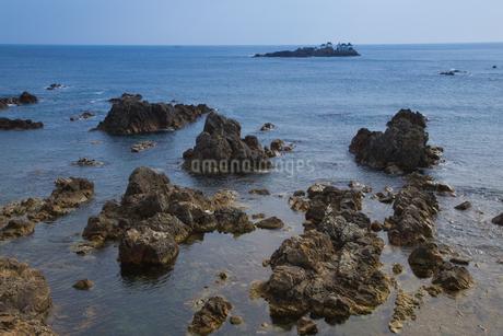 早朝の日和山海岸の写真素材 [FYI01765773]