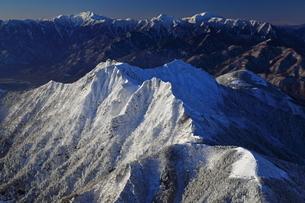 八ヶ岳より南アルプスを望むの写真素材 [FYI01765964]
