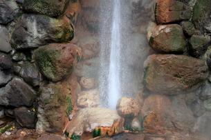 別府温泉地獄めぐり(龍巻地獄)の写真素材 [FYI01766295]