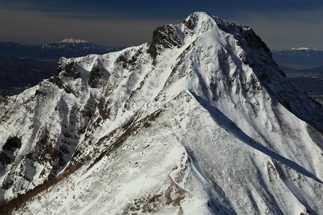 厳冬の阿弥陀岳の写真素材 [FYI01766805]