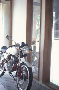 バイクの写真素材 [FYI01772445]