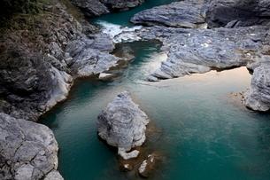 吉野川、宮滝付近の写真素材 [FYI01773350]