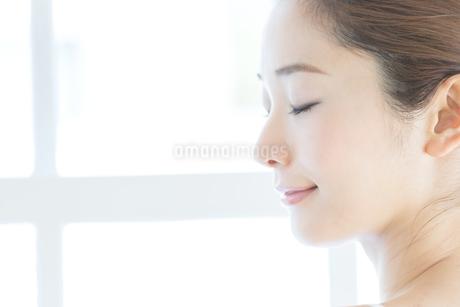 肌の綺麗な女性の写真素材 [FYI01774194]