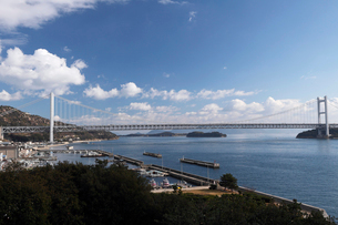 12月初冬 瀬戸大橋の写真素材 [FYI01778173]