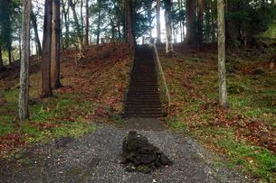 11月晩秋 山宮浅間神社の富士山遥拝所 -富士山世界遺産構成資産-の写真素材 [FYI01778356]