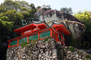 5月晴れ 神倉神社の写真素材 [FYI01778424]