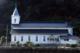 11月 五島列島の中ノ浦教会の写真素材 [FYI01778430]