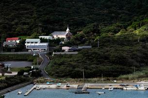 11月 五島列島の井持浦教会の写真素材 [FYI01778613]