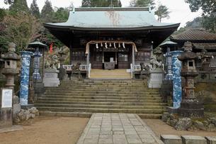 3月春 有田焼の陶器神社の写真素材 [FYI01778712]