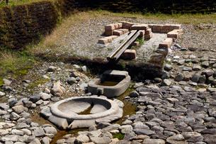 4月 亀形石造物-飛鳥の古代石造物の写真素材 [FYI01778721]