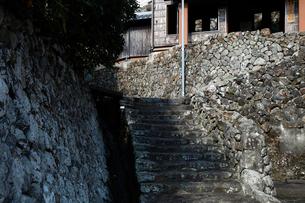 12月 伊勢志摩の産屋(おびや)坂の写真素材 [FYI01779107]