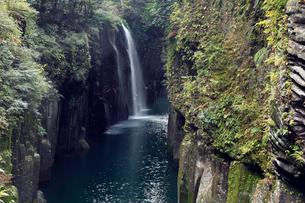 11月 秋の真名井の滝の写真素材 [FYI01779257]