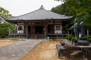 5月春 補陀洛山(ふだらくさん)寺 世界遺産の寺の写真素材 [FYI01779411]