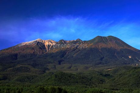 10月 秋の御嶽山の写真素材 [FYI01779940]
