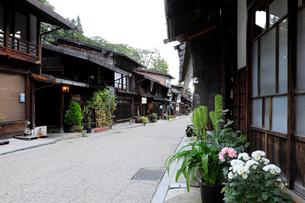 9月 朝の奈良井宿の写真素材 [FYI01779983]