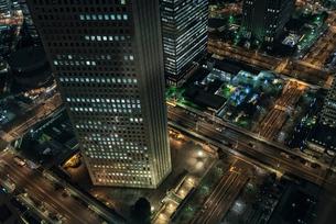 都庁展望台より見下ろす新宿の夜景の写真素材 [FYI01782201]