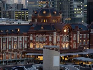 東京駅丸の内口駅舎の写真素材 [FYI01783095]