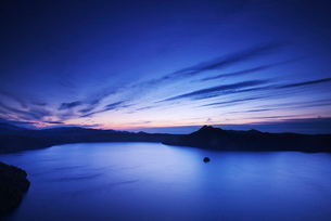 摩周湖の朝の写真素材 [FYI01783098]