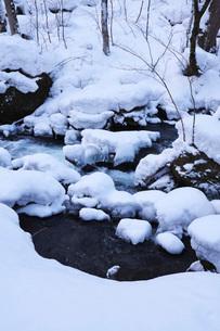 奥入瀬渓流 阿修羅の流れの写真素材 [FYI01783552]