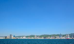 海上からの神戸市街の写真素材 [FYI01784067]