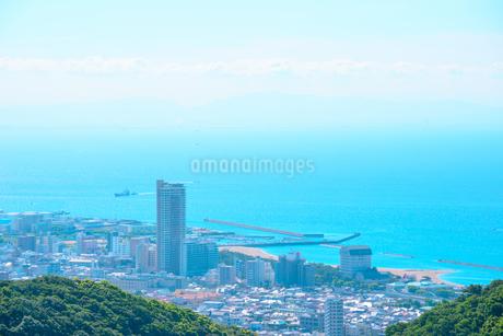 神戸市の海が見える街並みの写真素材 [FYI01784145]
